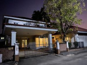 For SaleHouseChiang Mai : House for sale 103 square wa, Wararom Village, Charoen Muang, Chiang Mai