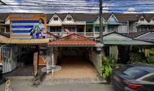 For SaleTownhouseChiang Mai : Urgent sale !! Townhome 23 sq.w., in front of Montfort College, Secondary School, 2 floors, 2 bedrooms, 2 bathrooms