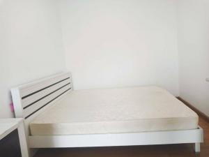 For RentCondoRama9, RCA, Petchaburi : Condo for rent Supalai Park Asoke-Ratchada 50 sqm.