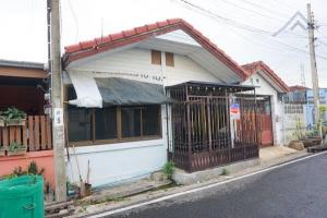 For SaleTownhouseBangbuathong, Sainoi : House for sale, townhouse, cheap price, 8.9 hundred thousand, Asa House Project 5, Soi Kantana, 22 sq m. (Wat Ton Chueak) 2 bedrooms, 1 bathroom, 80 sq m.