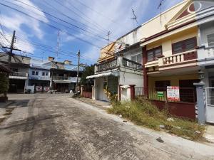 ขายทาวน์เฮ้าส์/ทาวน์โฮมมีนบุรี-ร่มเกล้า : ขายถูก ผ่อนสบาย หมู่บ้าน ภัทรวรรณ หนองจอก ซอย เชื่อมสัมพันธ์17