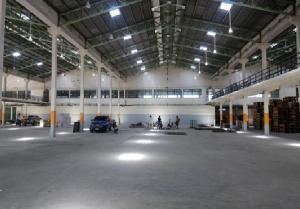 For RentWarehouseNawamin, Ramindra : For Rent for rent, warehouse, warehouse, area 5700 square meters, Phraya Suren Ramintra Road, very good location, convenient transportation.