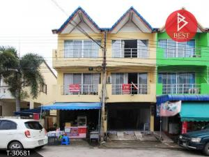 For SaleShophousePattaya, Bangsaen, Chonburi : Commercial building for sale in the middle of the demonstration village, City Home, Bo Win, opposite Lotus Bowin