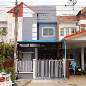 For SaleTownhouseRamkhamhaeng,Min Buri, Romklao : 2-storey townhouse for sale, 16 square meters, Thanayapruek Village, Nong Chok, Phadungphan, renovated, ready to move in, Suwinthawong Khu left, right.