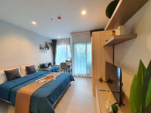 For RentCondoRama9, RCA, Petchaburi : 🔥 Condo for rent, Life Asoke-Rama 9, high view, beautiful decorated room 🎉