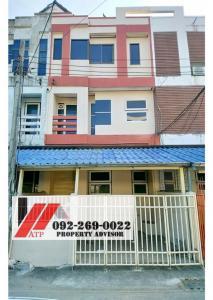 For RentTownhouseLadprao 48, Chokchai 4, Ladprao 71 : ** Rent 18,000 ** Townhome 3 floors 22 sq. W. Renovate the whole house @ Phawana-Phibun Uppatham Ladprao Intersection