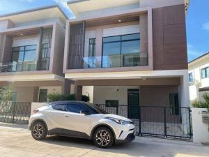 For RentHouseBangbuathong, Sainoi : NA-H4068 2 storey detached house for rent with furniture, Esgate Premium Kanchanaphisek Village, near Central Westgate.