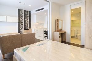 เช่าคอนโดสาทร นราธิวาส : Urgent for rent Nara9 1bedroom ชั้นสูง ราคาดีเพียง 18,000 ห้องสวยมากก ใหม่กริ๊บ ลดจาก 25,000