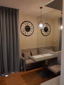 For RentCondoSapankwai,Jatujak : 🔥 Very good price, beautiful decoration, ready to move in, good location, next to BTS 0 meters 🔥 Ready to finish every day The Editor Saphan Khwai 1 bedroom 1 bathroom 24-hour viewing Tel.088-111-3060