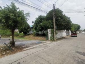 For SaleLandNawamin, Ramindra : Land for sale Sai Mai 76 1 rai 1 ngan 40.4 square meters near Sai Mai Road, just 400 meters.