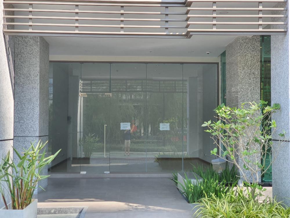 For RentRetailSukhumvit, Asoke, Thonglor : Supalai Oriental shop space commercial space