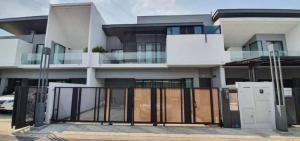 For RentHouseBangna, Lasalle, Bearing : Vive Bangna village km.7 3 bedroom 4 bathroom