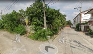 For SaleLandPinklao, Charansanitwong : Land for sale 411 square wa, Soi Suan Phak 43 square wa, 38000 each.