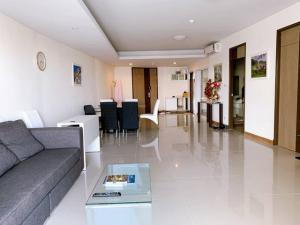 For SaleCondoWongwianyai, Charoennakor : TC-9071 Cheap sale Supalai River Resort Charoennakorn 3 bedrooms next to the Chao Phraya River, beautiful view, see Asiatique. Convenient location, next to Senafest mall
