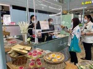เซ้งพื้นที่ขายของ ร้านต่างๆบางนา แบริ่ง : เซ้งร้าน คาเฟ่ ขนมไทย ชั้น 1 Index Living Mall บางนา