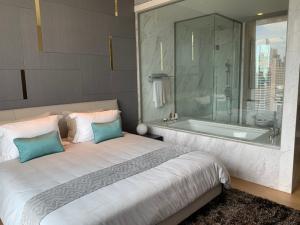 For RentCondoSilom, Saladaeng, Bangrak : (For rent) Saladaeng one
