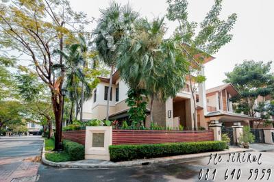 For SaleHouseSukhumvit, Asoke, Thonglor : House for sale, Baan Sansiri, Soi Sukhumvit 67 (corner) [Sell with tenant] 18 month contract, 240,000 baht per month.