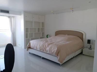 For RentCondoSukhumvit, Asoke, Thonglor : 3173-A😊 For RENT 3 bedroom for rent 🚄 near BTS Thonglor 🏢 Regent on the Park 2 Regent On The Park II 🔔 Area: 265.00 sq m Rent: 88,000 ฿ 📞O88-7984117, O65-9423251✅LineID: @sureresidence