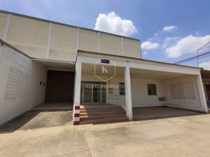 For RentFactoryMahachai Samut Sakhon : Factory for rent With office 490 sq m, next to the main road, Om Noi, Krathum Baen, Samut Sakhon