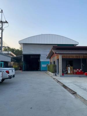 For SaleFactoryPattaya, Bangsaen, Chonburi : Factory building / warehouse with land area of 1 rai, usable area in the building. Total area of 1 rai, warehouse area 450 sq m. Office has 4 rooms, 2 floors, 30 sq m each. House 3 bedrooms, 2 bathrooms, area 100 sq m.