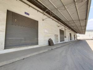 For RentWarehouseMahachai Samut Sakhon : Warehouse for rent 270 sq m, next to the main road, Om Noi, Krathum Baen, Samut Sakhon