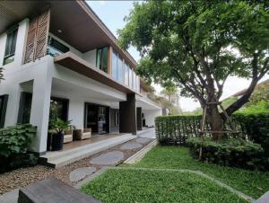 For RentHousePattanakan, Srinakarin : Single house for rent, Burasiri Phatthanakan, 4 bedrooms, 5 bathrooms, 4 parking, maid room - with home theater room, wine cooler -400 sq m, 117 sq m.