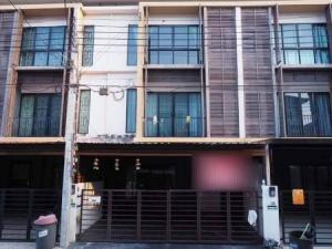 เช่าทาวน์เฮ้าส์/ทาวน์โฮมบางแค เพชรเกษม : ให้เช่า ทาวน์โฮม 3ชั้น  3ห้องนอน 3ห้องน้ำ หน้ากว้าง 5.5เมตรจอดรถได้2คัน เดอะ คอนเน็ก อัพ 3 174 ตรม. 22 ตร.วา ใกล้ถนนหลัก ใกล้ MRTหลักสอง