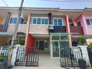 For RentTownhouseRangsit, Patumtani : Rent a house near Rangsit market near Rangsit University Near the red line