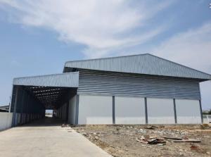 For RentWarehouseSamrong, Samut Prakan : BS700 for rent, large warehouse, usable area 4,000 square meters, Praksa Mai, Samut Prakan