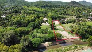 For SaleLandChiang Mai : ขายที่ดินเเปลงสวย หายาก ติดเเม่น้ำ 3 ไร่ 11 ตรว. ทางขึ้นดอยอินทนนท์