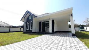 For SaleHouseChiang Mai : Beautiful house, new house, after Mae Jo University, Chiang Mai, free transfer