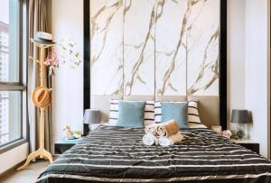 For RentCondoRatchathewi,Phayathai : For Rent IDEO Q Siam-Ratchathewi *** Have a private elevator *** Near BTS Ratchathewi, only 350 meters @JST Property.