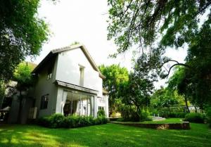 For SaleHouseRattanathibet, Sanambinna : Code C4035 House for sale, area 3 rai, 64 square meters, with private swimming pool, Tiwanon Road, Soi Phra Mae Karun