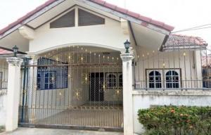 For RentTownhouseKorat KhaoYai Pak Chong : ปล่อยเช่า บ้าน ทาวน์เฮ้าส์ 2 ห้องนอน อ.ปากช่อง เฟอร์นิเจอร์ครบ หิ้วกระเป๋าเข้าอยู่ได้เลย