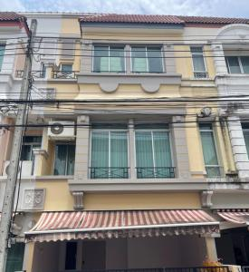 For RentTownhouseSamrong, Samut Prakan : House for rent in Klang Muang Bitchi Si Dan.