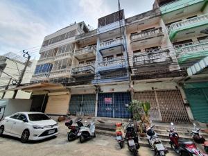 For SaleShophouseRama 2, Bang Khun Thian : 3.5 storey commercial building for sale, area 27.8 sq.wa., Amonchai 2 Village, Rama 2 Soi 34, good location, near Rama 2 Road, Bang Mot, Chom Thong, Bangkok, price 2,900,000 baht.