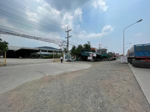 For SaleLandChachoengsao : Land + warehouse for sale, area 5 rai 1 ngan 84 square wa (2,184 sq wa), good location, next to Chachoengsao - Kabinburi Road 304, Suwinthawong Road, Bang Phai Subdistrict, Mueang District, Chachoengsao Province, price 80,000,000 baht ( usage fee Pay all