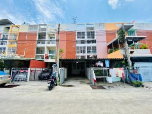 For SaleTownhouseLadprao 48, Chokchai 4, Ladprao 71 : Townhouse 3 floors 18 sq m. Village city town home Ladprao 80