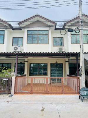 For SaleTownhousePattaya, Bangsaen, Chonburi : Cheap sale, Chonpruksa University, Napa Soi Sukprayoon 23, near Amata Nakorn Chonburi