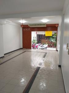 For RentOfficeBangna, Lasalle, Bearing : Quick rental 🔥 Convenient, good location, useful area, opposite Ramkhamhaeng University 2