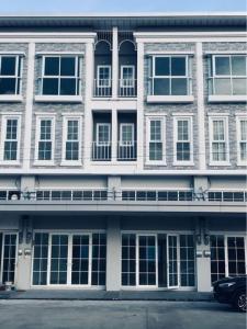 For RentHome OfficeChengwatana, Muangthong : BS706 Home office for rent, 3.5 floors, Mettro Biz Town Chaengwattana 3 project, near Central Chaengwattana.