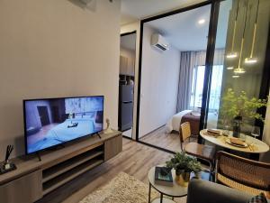 For SaleCondoKasetsart, Ratchayothin : Best price!!! 1 bedroom (separate kitchen) 26 sqm., 10th floor, Knightsbridge, Kaset-Society, near Kasetsart University and Ratchayothin Intersection, next to BTS Senanikom Station