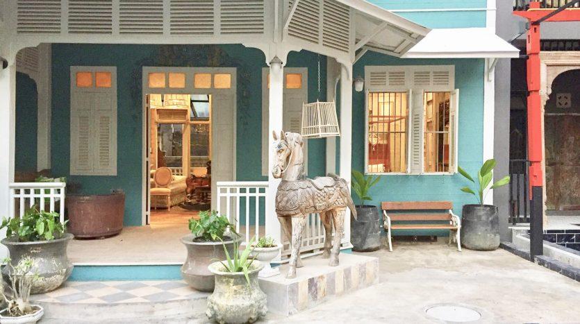 ขายบ้านสีลม ศาลาแดง บางรัก : ขายด่วนมากบ้าน 6 ห้องนอน 6 ห้องน้ำ 116 ตรว ใกล้เซ็นทรัลสีลมทาวเวอร์
