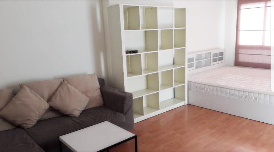 For RentCondoRamkhamhaeng, Hua Mak : Condo for rent, Lumpini Ville Ramkhamhaeng 44, size 30 sqm, 12th floor, fully furnished studio 8,000 baht