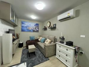 For SaleCondoKasetsart, Ratchayothin : Urgent sale 2 bedrooms Elio Del moss fully furnished 3.99 million