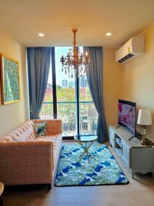 For RentCondoSukhumvit, Asoke, Thonglor : 3200-A😊 For RENT 1 bedroom for rent 🚄 near BTS Asoke 🏢 Noble Recole Sukhumvit 19 Noble Recole Sukhumvit 19🔔 Area: 35.00 sq.m. 💲 Rent: 25,000 ฿ 📞O88-7984117, O65-9423251✅ LineID: @sureresidence