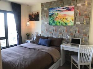 For SaleCondoPattanakan, Srinakarin : Condo for sale, Rich Park @ Triple Station, with tenants, 31st floor, very good view, luxury decoration, Airport Link Huamark side (own post)