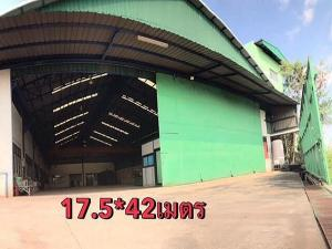 For SaleWarehouseRathburana, Suksawat : Selling a factory / warehouse building, 2 rai, an area of 2,349 sq m, with a crane lifting 10 tons, office Pracha Uthit 90 Road, Phra Samut Chedi District, selling price 24 million baht.