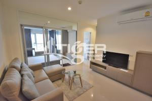 For RentCondoOnnut, Udomsuk : This fully furnished, 1-bedroom / 1-bathroom unit for rent at Aspire Sukhumvit 48, includes a balcony and 1x parking space.