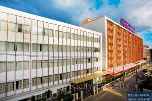For SaleBusinesses for saleRama9, RCA, Petchaburi : Hotel for sale the Patra Hotel Rama 9 (Rama 9 Soi 31).